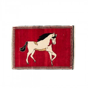 گبه دستباف یک و نیم متری شیراز طرح اسب